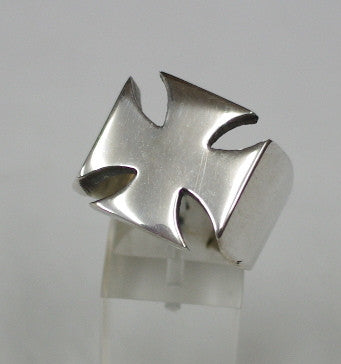 Sterling silver (925) mens Maltese Cross ring #1163