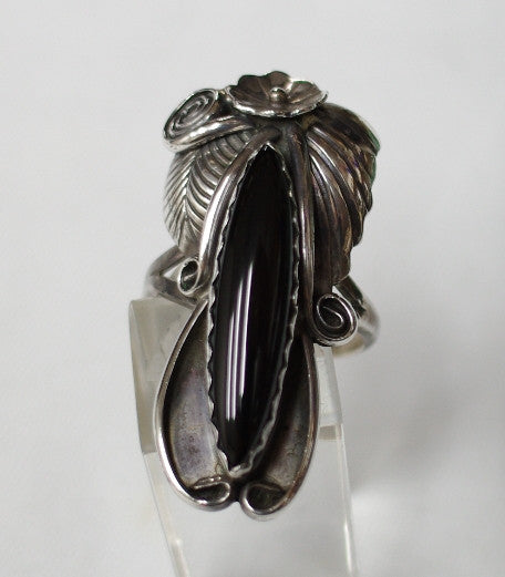 American Indian Ladies Ring, Navajo 925 Sterling Silver and Onyx
