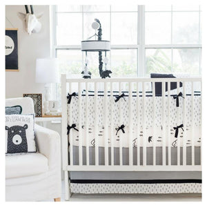 Black and White Arrow Crib Bumper