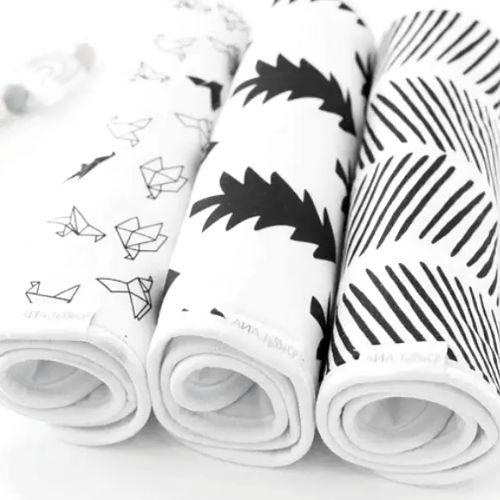 Monochrome Burp Cloth Set