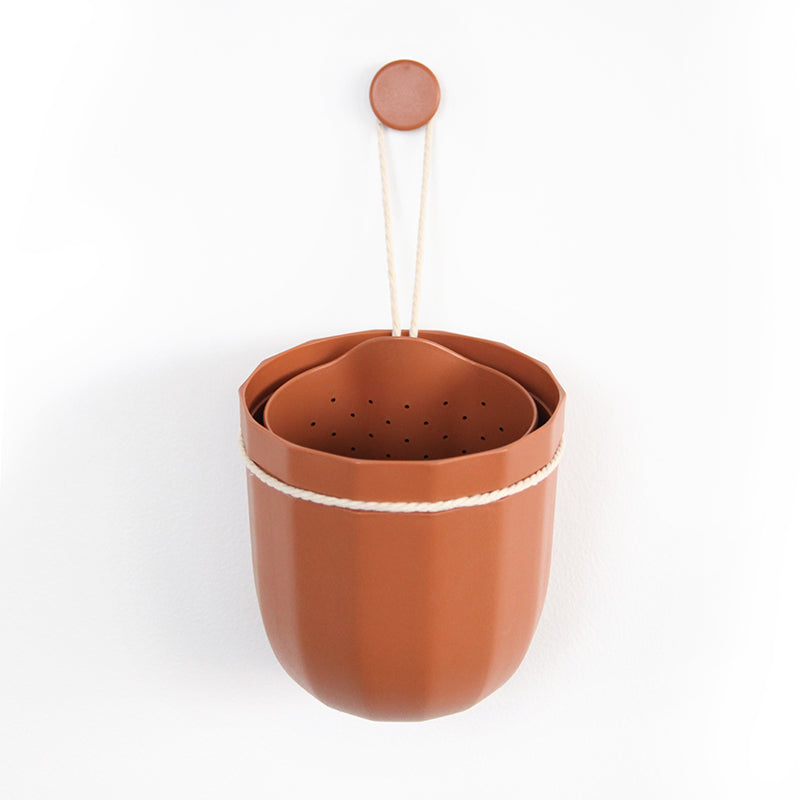 Loop Hanging Planter in Terracotta