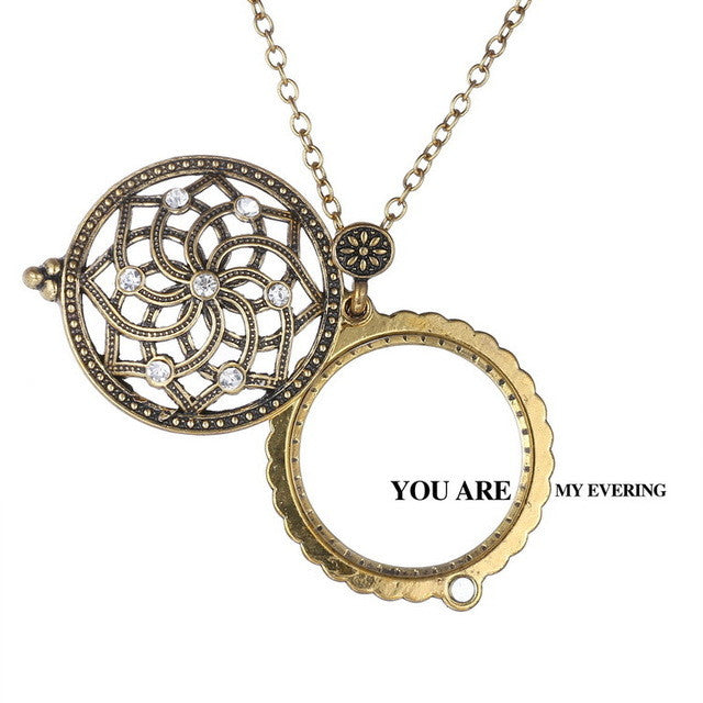 Vintage Magnifying Pendant Necklace