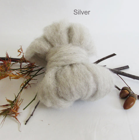 100 grams Natural Colour Wool Roving - Silver