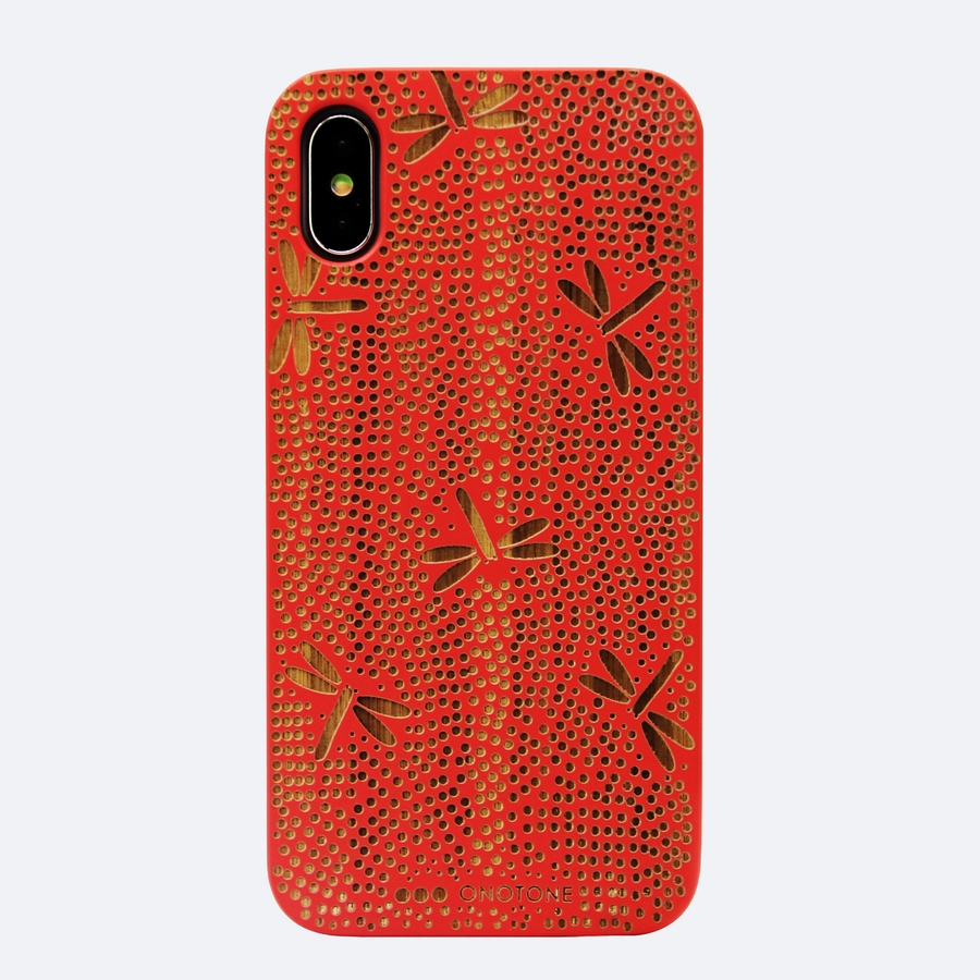 wood-carved-iphone-case