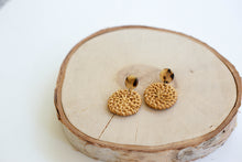 Load image into Gallery viewer, Rattan Round Earrings