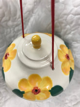 Yellow Sweet handmade hummingbird feeder