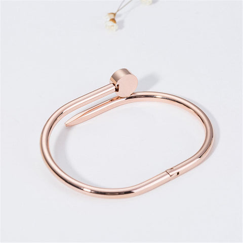 18k Rose Gold-Plated Roman Numeral Screw Cuff - streetregion