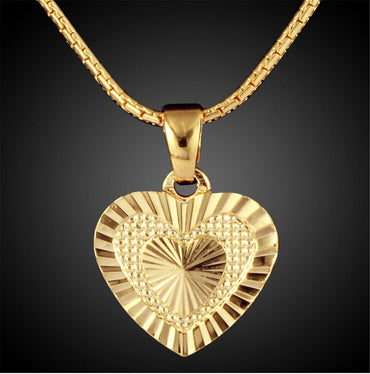 18k Gold-Plated Embroidery Heart Pendant Necklace