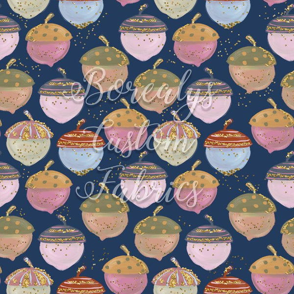 CL -Hazelnut on navy background | CL -Noisette sur fond marin