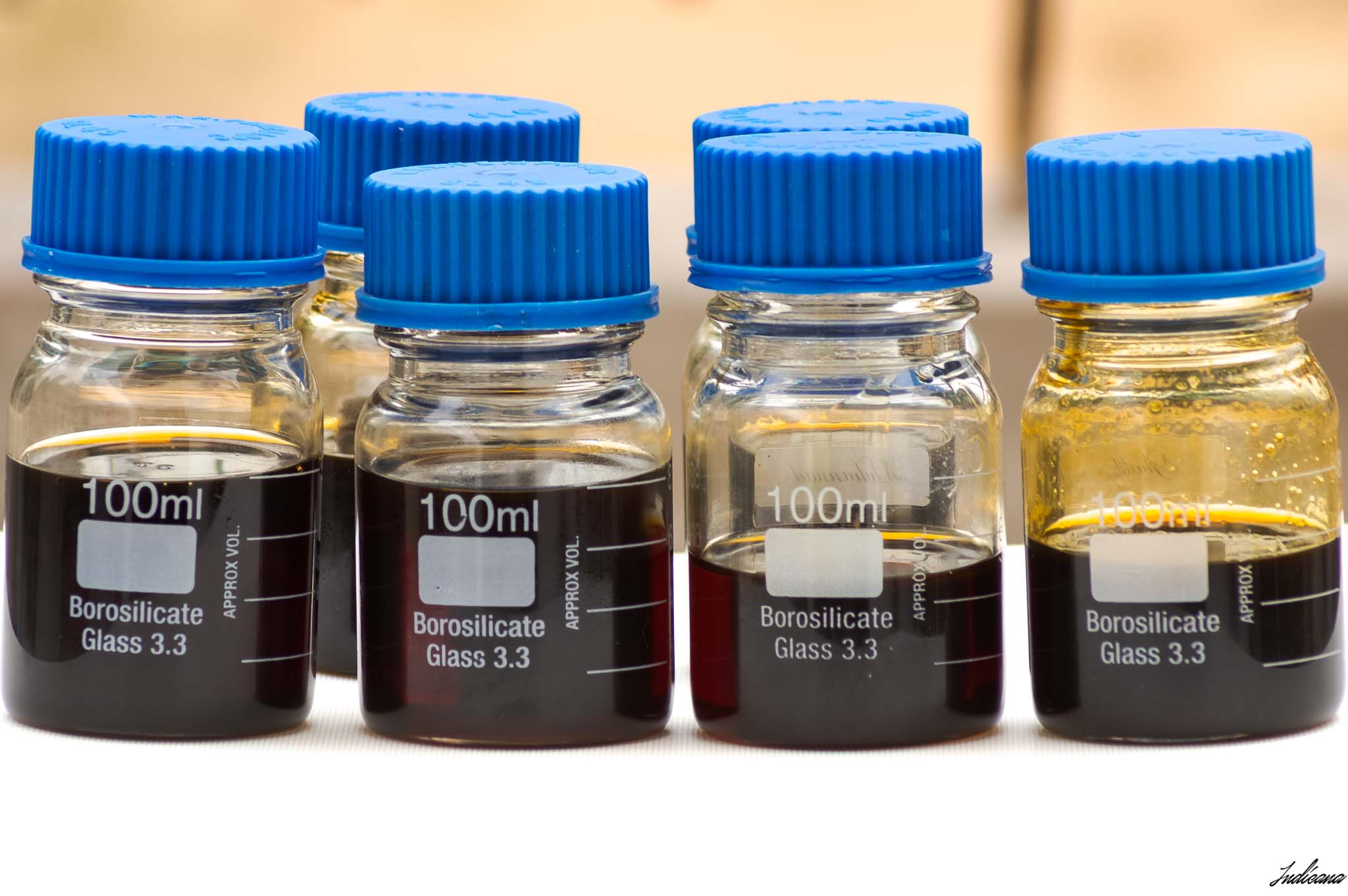 Pure Agarwood Oils from India