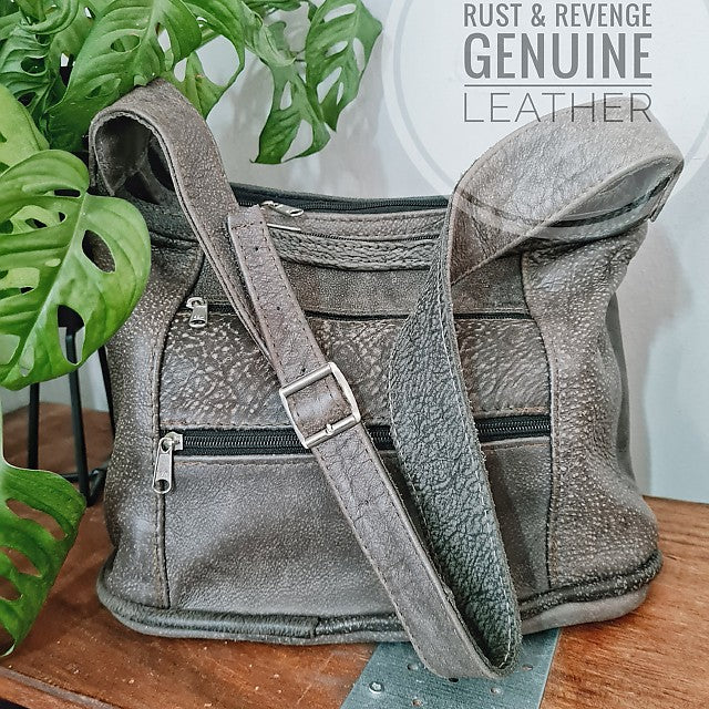 Basilisk - light grey (discount)