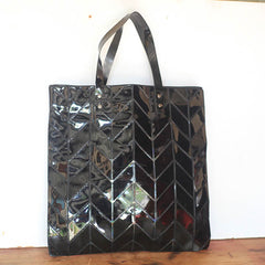 Tyre Tread Slick Oil Shopper