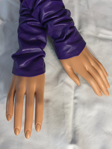 Purple arm warmers (Sleeves)