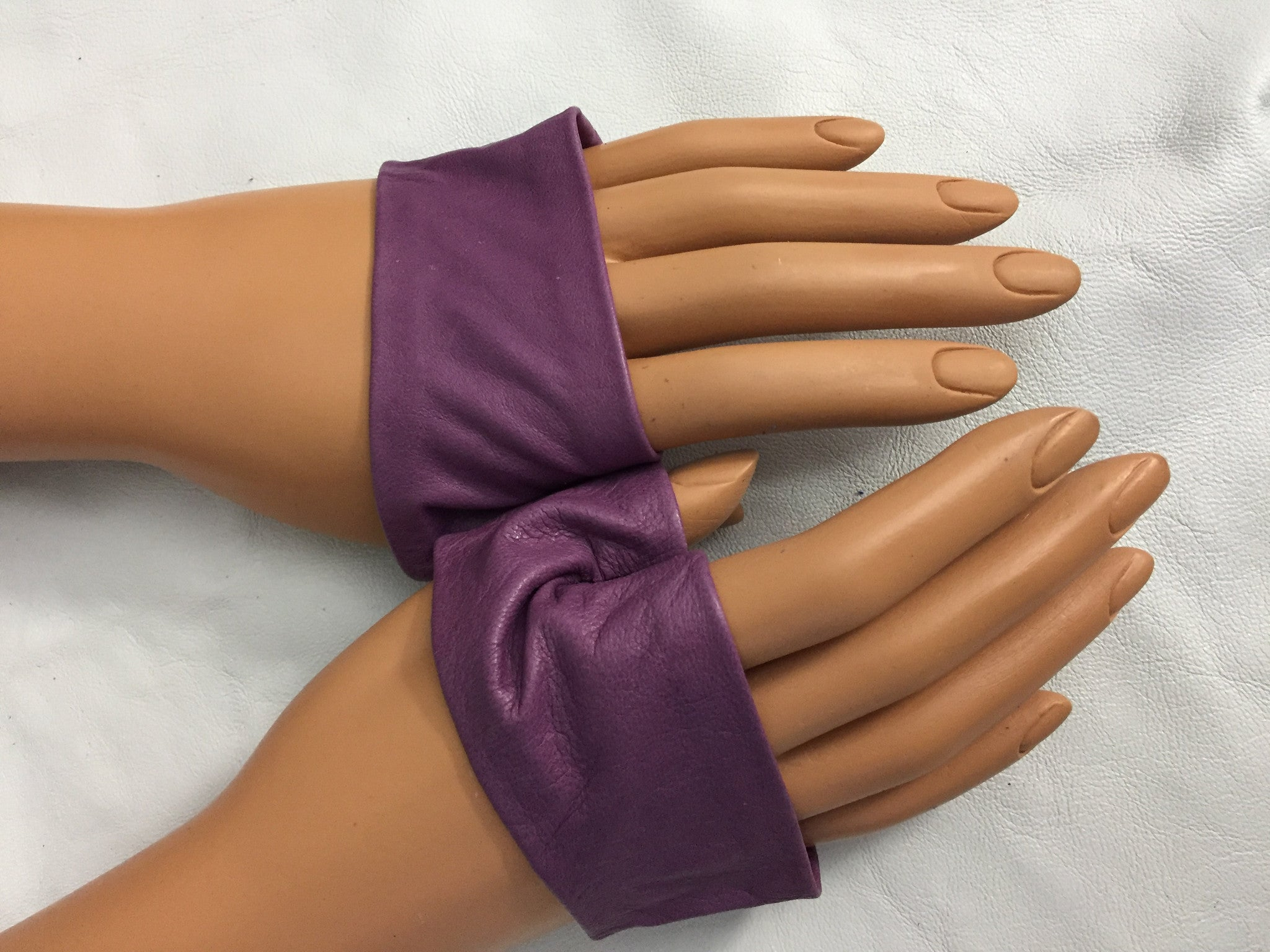 Pruple mini Gloves