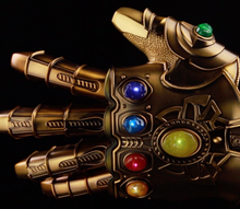 Thanos Infinity Gauntlet (100% Metal)