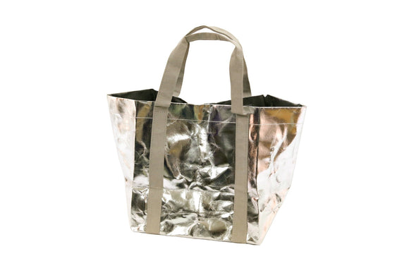 My Paper Tote washable paper bag in Silver. FSC certified and environmentally friendly. Perfect vegan, sustainable bag and gift.