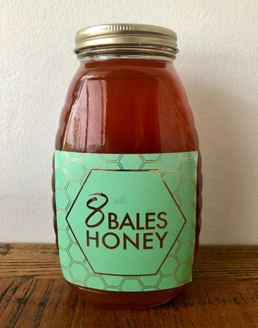 1 kilogram jar of 8 Bales Honey