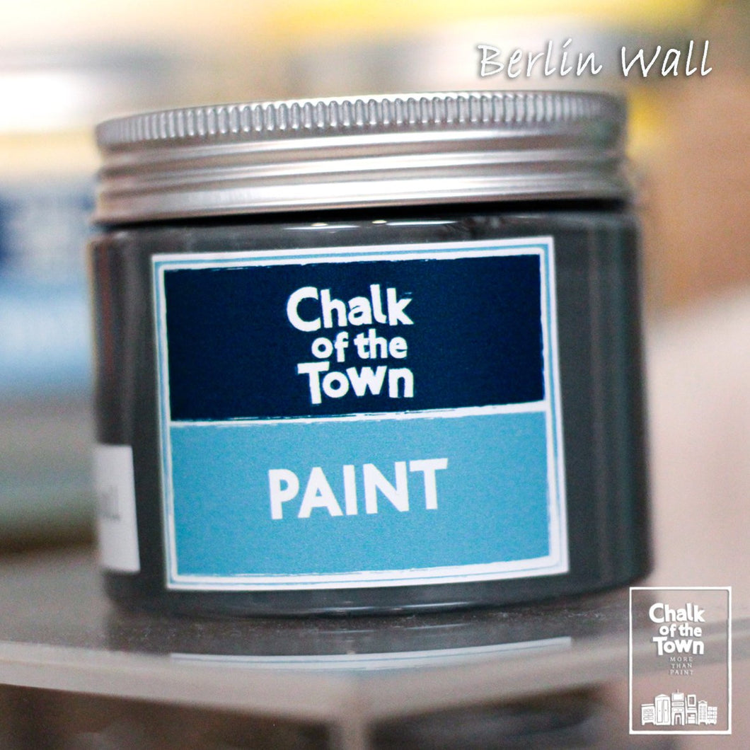 Berlin Wall - Chalk Of The Town® Paint