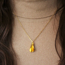 Petal Necklace Gold