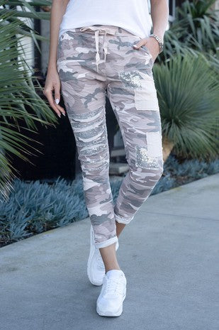 VENTI6 CAMO CRINKLE JOGGER WITH SEQUIN PATCHES
