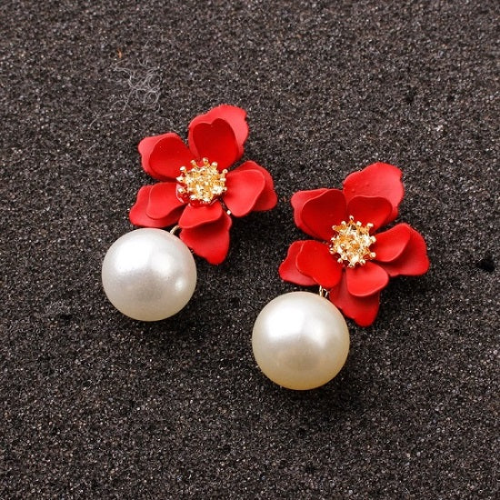 40s Retro Flower And Red Pearl Earrings - Ma Penderie Vintage