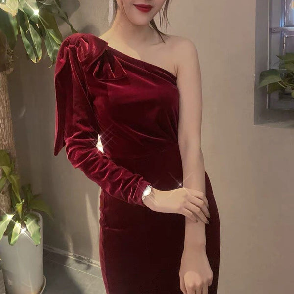 50s Burgundy Velvet Glamor Cocktail Dress - Ma Penderie Vintage