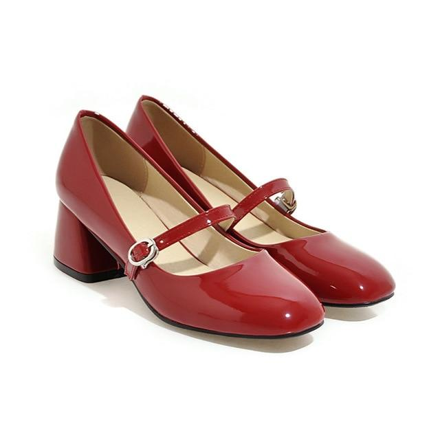 Années 1960 Vintage Chaussures Mary Jane Cuir Vernis - Ma Penderie Vintage