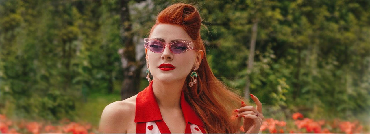 Our collections offer a choice of day and evening dresses, Pin Up, Rock A Billy, Boheme and Glamor style, retro clothing and accessories.