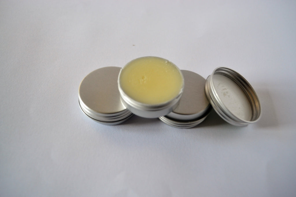 Homemade Moisturizing Lipbalm