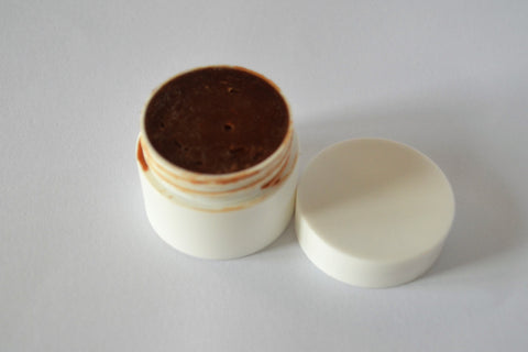 DIY Chocolate Lipbalm