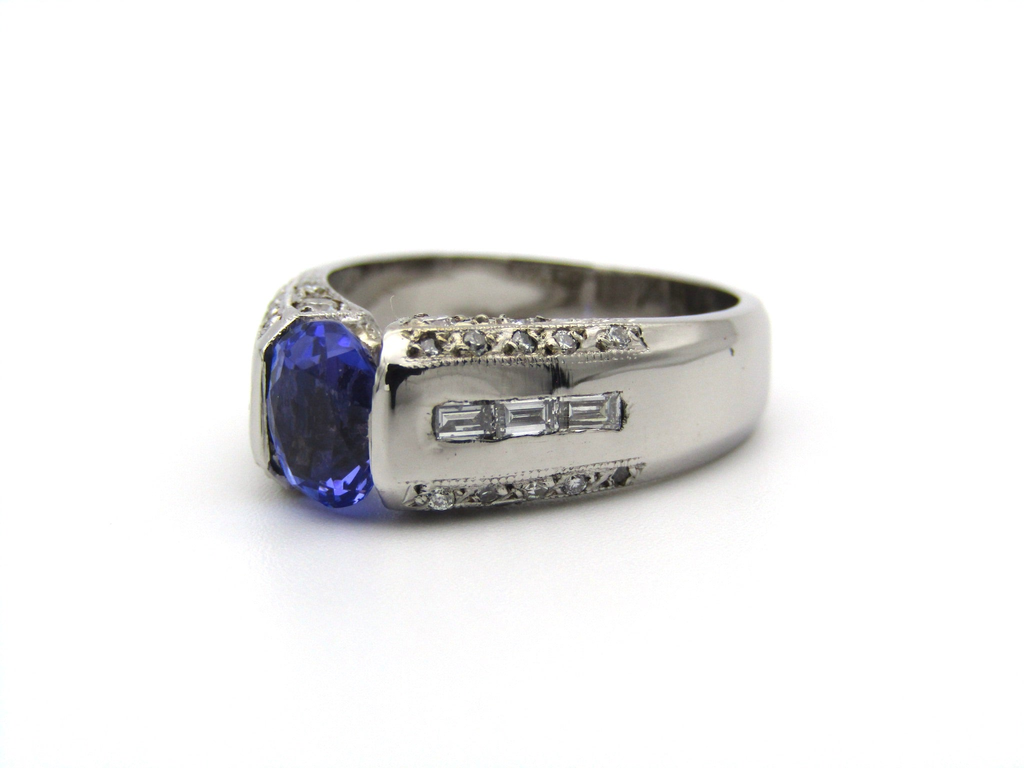 9K gold tanzanite and diamond ring.