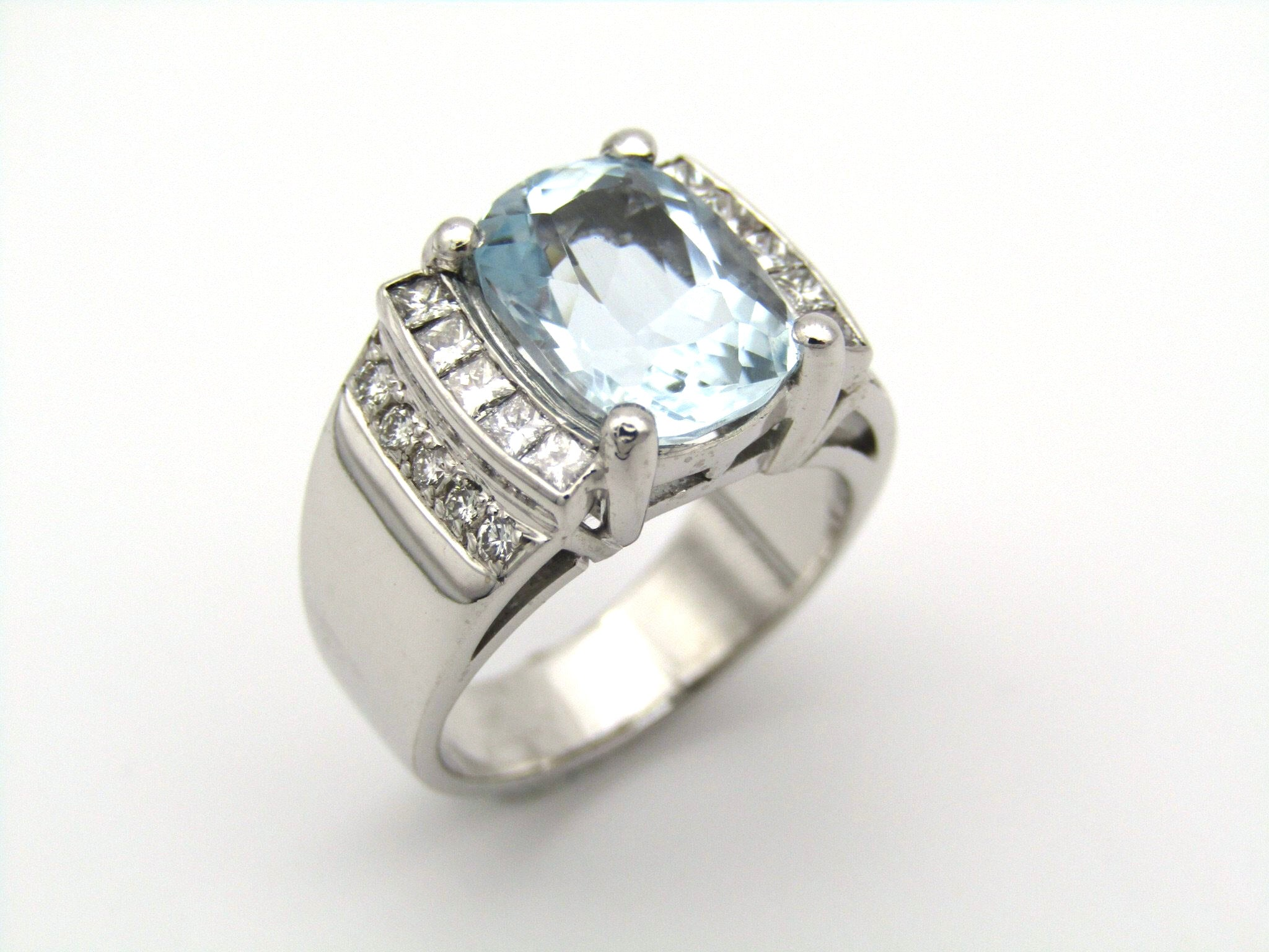 18kt gold aquamarine and diamond ring.