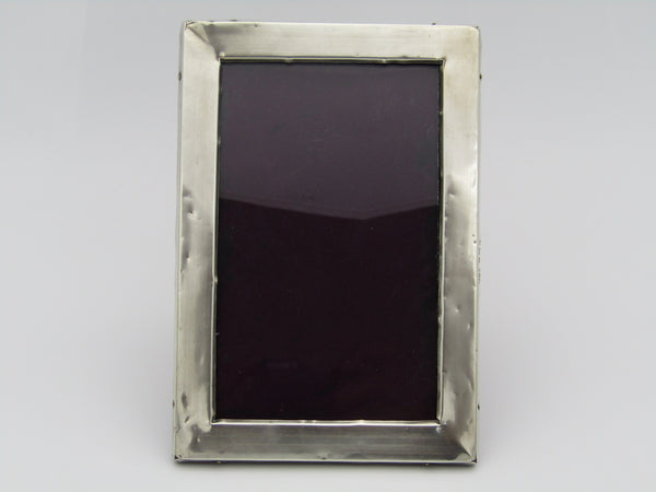 A sterling silver picture frame. Made in Birmingham, 1918.