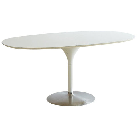 Eero Saarinen White Tulip Table