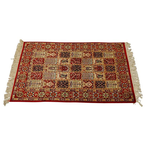 Indo Baktiari Decorative Rug