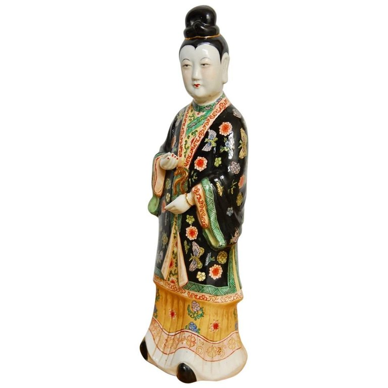 Chinese Famille Rose Enameled Porcelain Beauty Statue