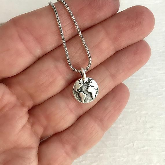 Silver World Map Necklace - Corollaa