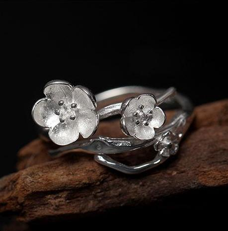 925 Sterling Silver Plum Flower Adjustable Ring - Corollaa