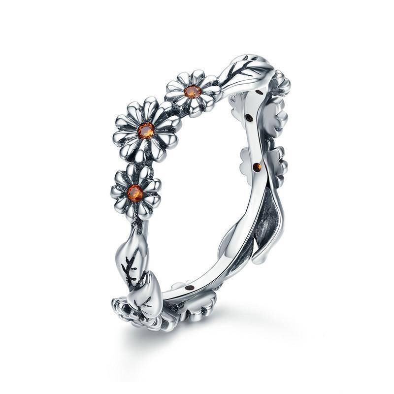 Sterling Silver Twisted Daisy Flower Ring - Corollaa