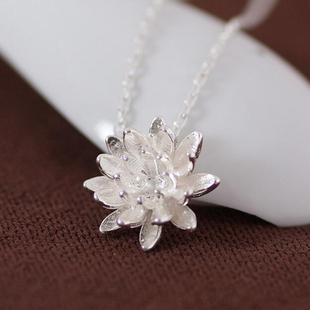925 Sterling Silver Lotus Necklace - Corollaa
