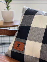 NEW!! Buffalo Plaid Ridgefield Patch Pillow