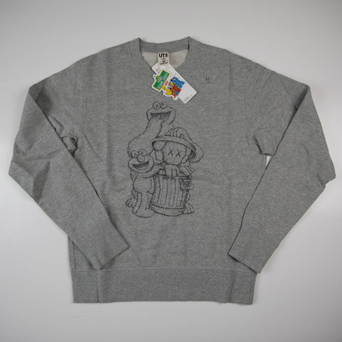 Kaws x Sesame Street Uniqlo Elmo, Cookie Monster & Companion Sweatshirt Grey (XS / NEW)