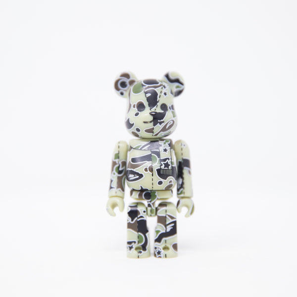 Medicom Toy BEARBRICK x Bape Light Green Psyche Camo 100% Figure (MINT)