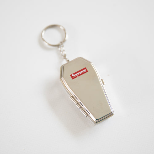 Supreme Coffin Keychain (MINT)