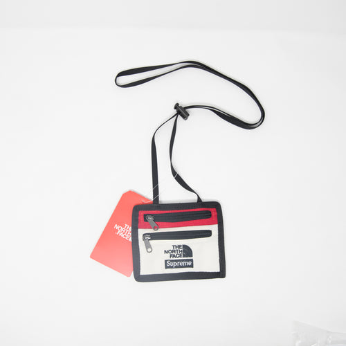 Supreme x The North Face Expedition Travel Wallet Red / Papyrus (NEW)