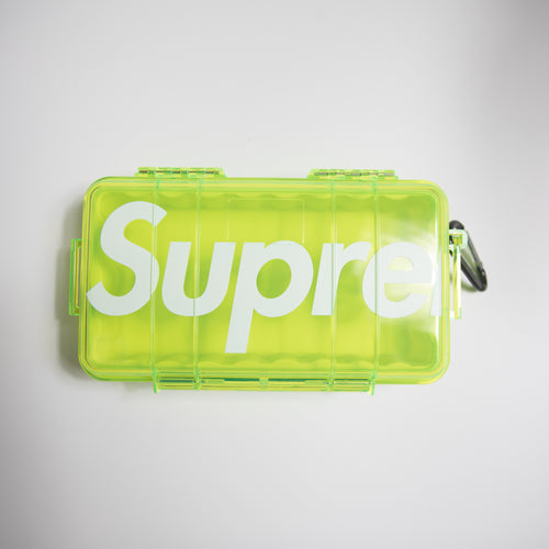 Supreme x Pelican 1060 Case Neon Yellow (NEW)