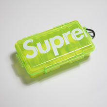 Supreme Pelican 1060 Case Neon Yellow (MINT)