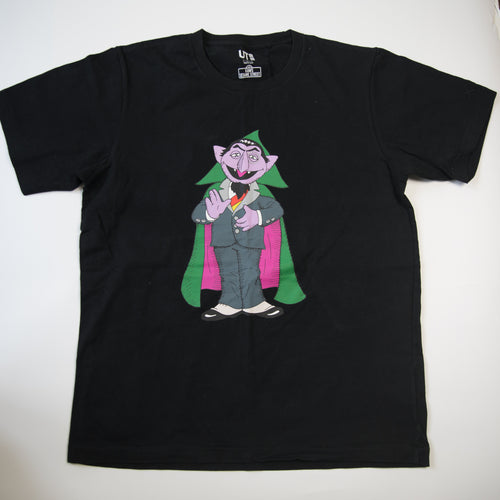 Kaws x Sesame Street Uniqlo Count Von Count Tee Black (Large / USED)