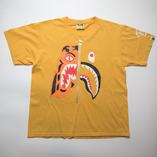 Bape Tiger Shark Tee (Medium / USED)