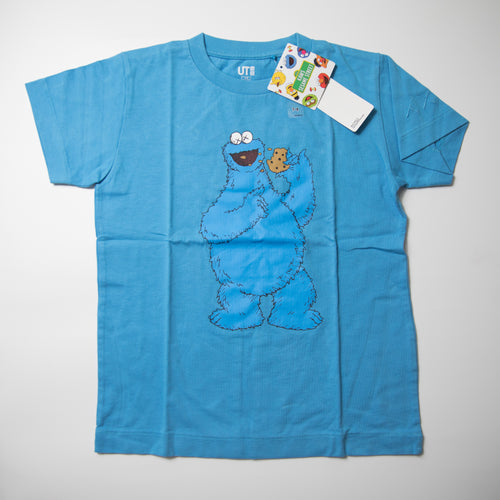 Kaws x Sesame Street Uniqlo Kids Cookie Monster Tee (Years 7 - 8 / MINT)